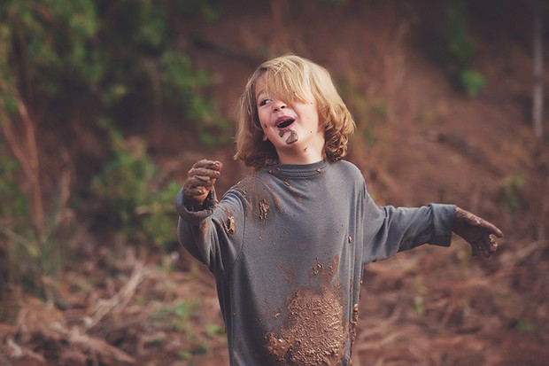"If a kid comes home with muddy hands, it's unlikely to do any harm. And may well do some good."" © Getty Images"
