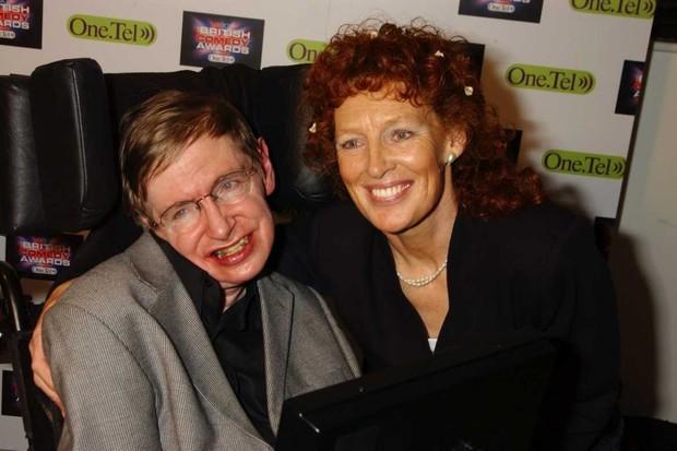 Stephen Hawking and wife Elaine Mason, 2004 © Dave Benett/Getty Images