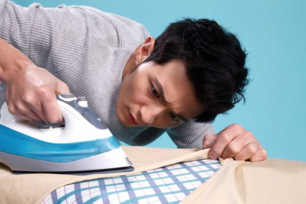 How chemistry can make your ironing easier © Getty Images