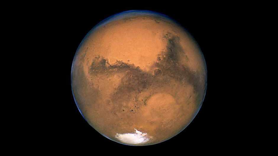 Mars © NASA, ESA, and The Hubble Heritage Team (STScI/AURA)