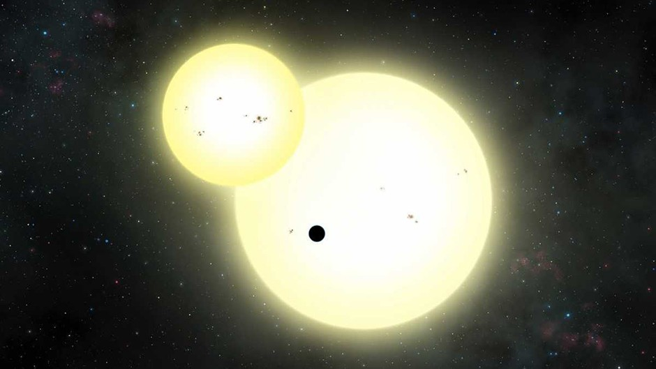 Artist's impression of the simultaneous stellar eclipse and planetary transit events on Kepler-1647. © Lynette Cook