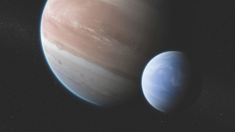 Odd moves provide clues to exomoon's presence © Dan Durda