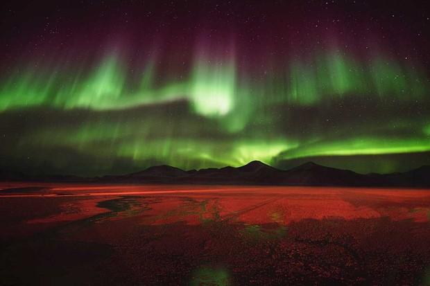 Aurora over Svea © Agurtxane Concellon