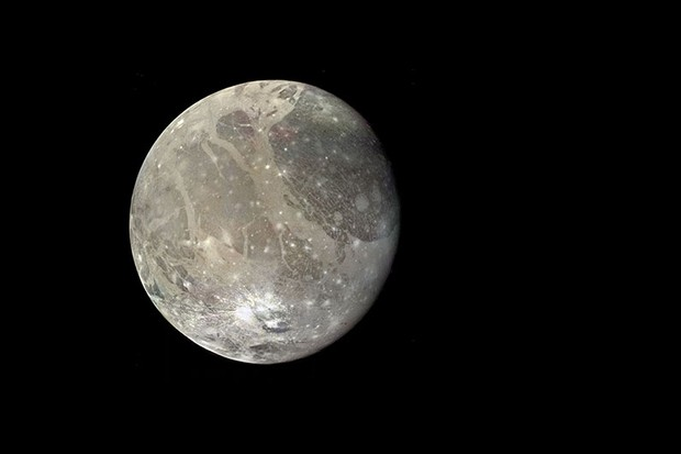 Ganymedem Jupiter's moon shows signs of past tectonic activity © NASA