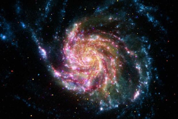 © NASA/JPL-Caltech/ESA/STScI/CXC