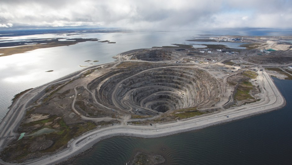 Earth's hidden ocean (Diamond mine based around a kimberlite pipe © Dominion Diamonds)