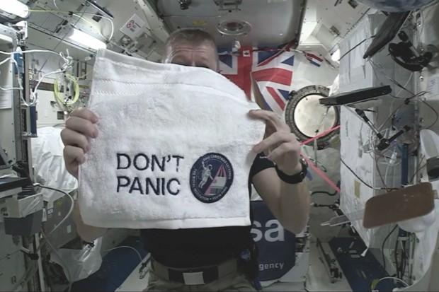 Kevin Fong's towel © ESA
