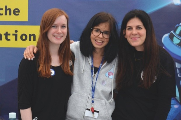 Dr Jess Wade (centre) campaigns to get more women into STEM roles © Jess Wade