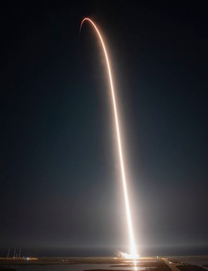 © SpaceX