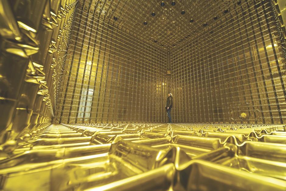 Striking gold © Maximilien Brice/CERN