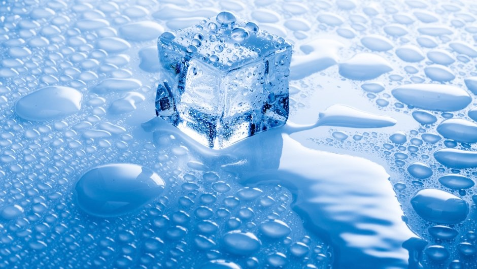 Why do ice cubes crack when you put them in water? - BBC Science Focus Magazine