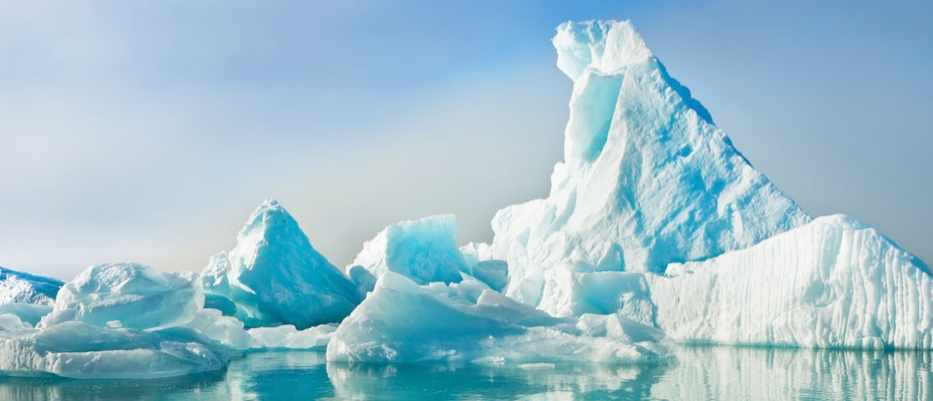 Why are some icebergs green? © Getty Images