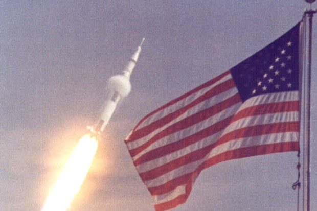 The American flag heralds the flight of Apollo 11 © NASA