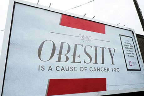 Cancer risk: Is it right to compare obesity to smoking? © Alamy