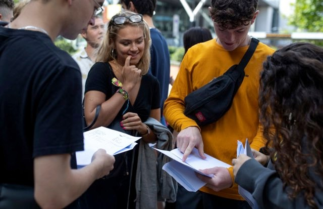 Sixth form students receive their A-Level results © Dan Kitwood/Getty Images