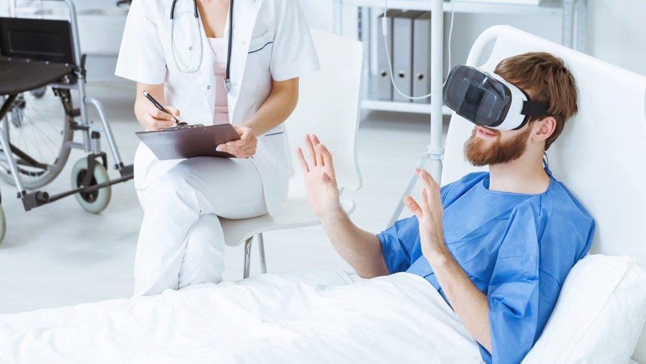 Virtual reality shows potential as drug-free alternative to medication