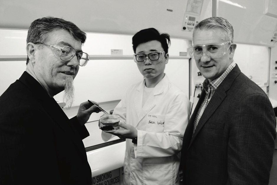 Prof Gordon Wallace (left) and Prof Mario Romero-Ortega (right) © ARC Centre for Electrochemical Science