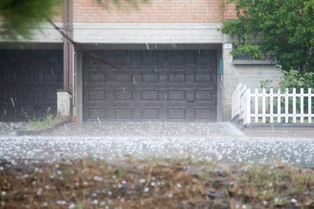 Why don't hailstorms last as long as rainstorms? © Getty Images