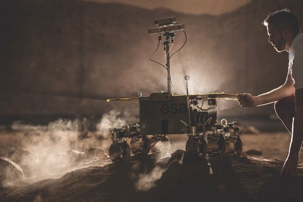 The rover is scheduled for launch in July 2020. It will then embark on an eight-month interplanetary cruise before landing on the surface of the Red Planet. © ESA