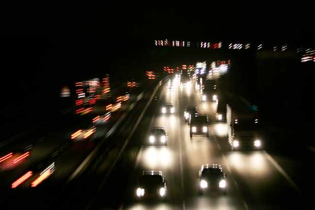 Can anything be done to stop car headlights blinding me? © Getty Images