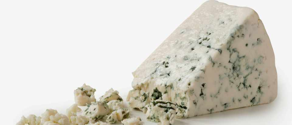 Does eating blue cheese contribute to antibiotic resistance? © Getty Images