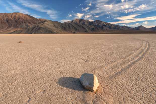 What propels the 'sailing stones' across the Californian desert? © Getty Images