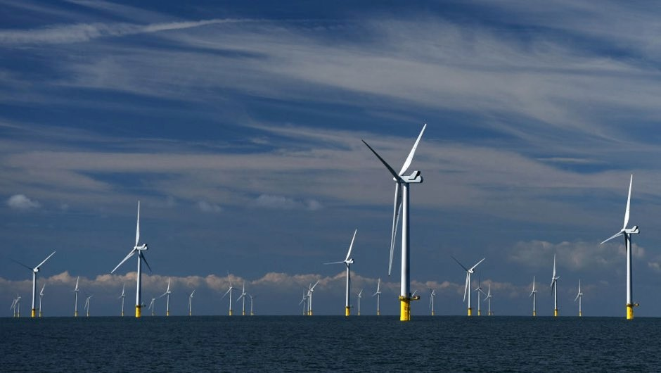 Renewables overtake fossil fuels for UK energy output
