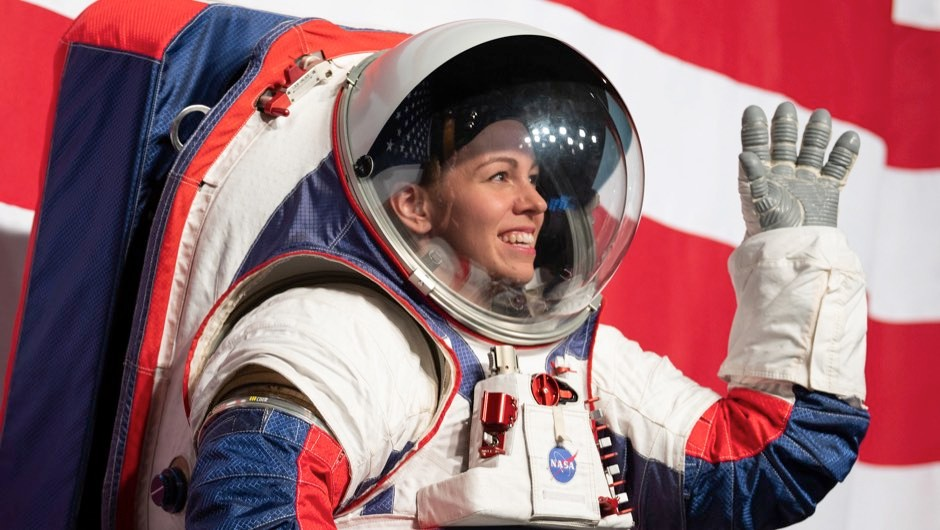 New NASA spacesuit revealed in preparation for return to the Moon