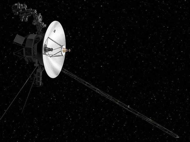 Voyager 2 sends back first signal from interstellar space