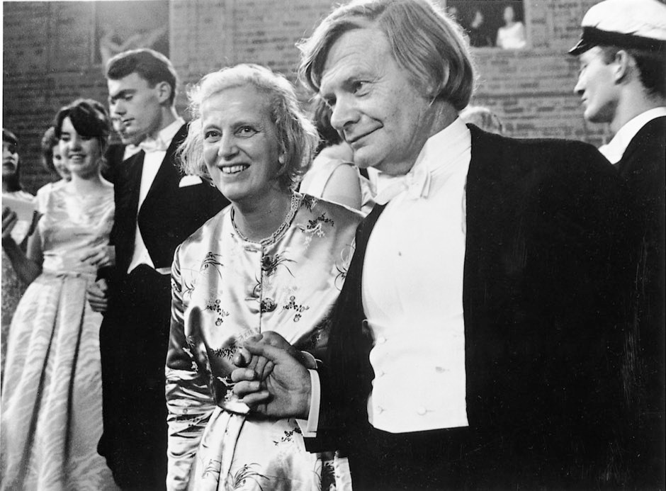Dorothy and her husband Thomas at the Nobel ball in 1964 © The Hodgkin Family