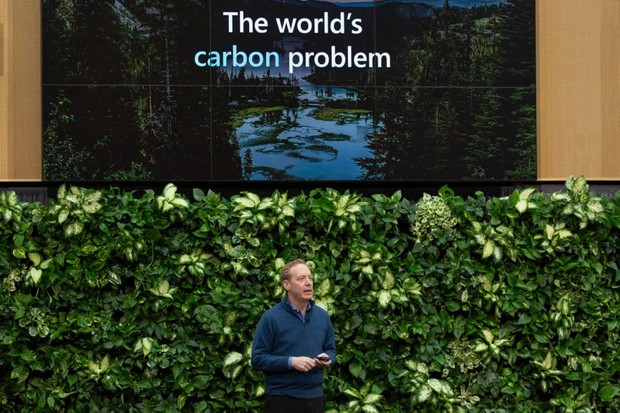 Microsoft boss outlines plans to entirely reverse carbon footprint by 2050 (Brad Smith, president of Microsoft Corp., speaks during a climate initiative event at the Microsoft Corp. campus in Redmond, Washington, U.S., on Thursday, Jan. 16, 2020 © David Ryder/Bloomberg)