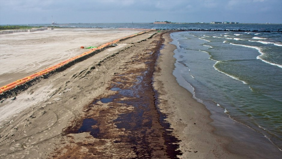 BP oil spill: 'invisible' pollution spread even further than believed
