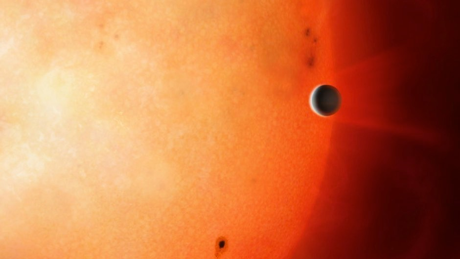 Jupiter-like exoplanet orbits its star in only 18 hours