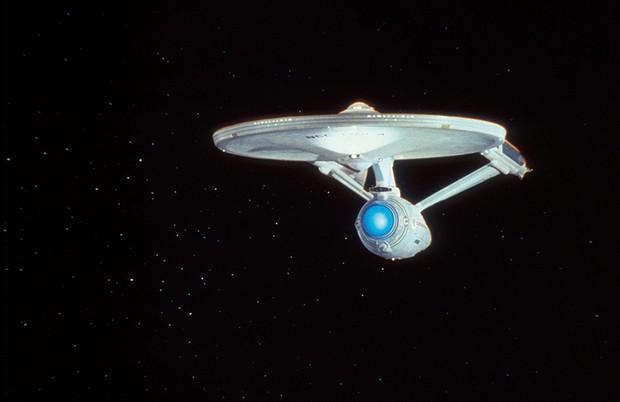 Star Trek's USS Enterprise, the iconic warp-capable ship © Alamy