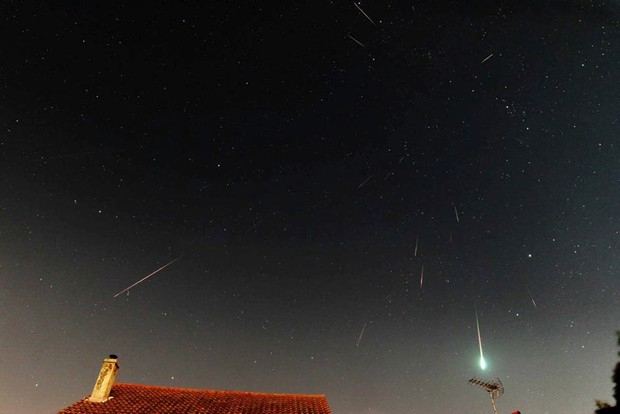 Discover how to observe the biggest meteor shower of the year