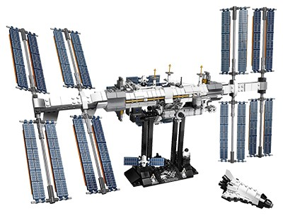 Lego International Space Station (Best science and tech gifts)