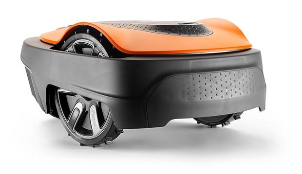 Flymo Easilife mower (Best garden gadgets)