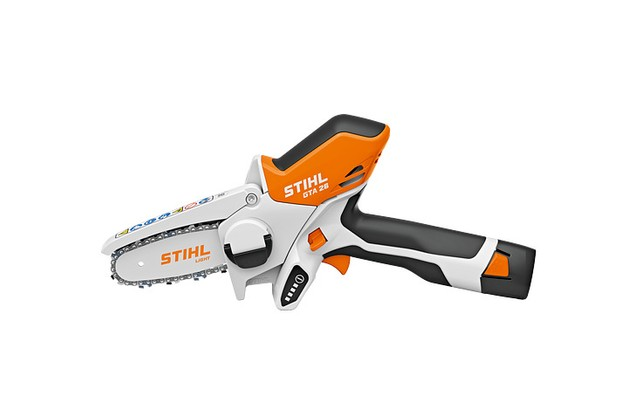 Mini chainsaw