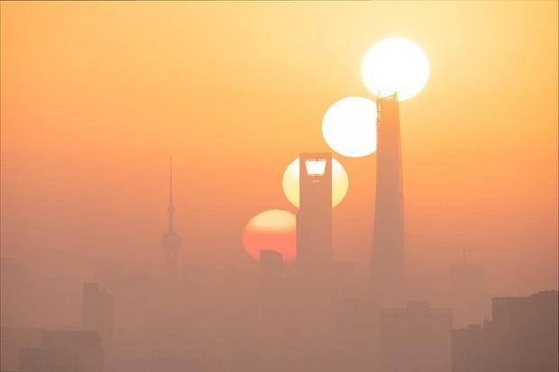 Sunrise of the Magic City © Jiajun Hua