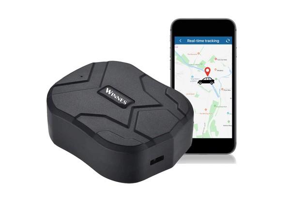 Zeerkeer GPS Tracker on white background