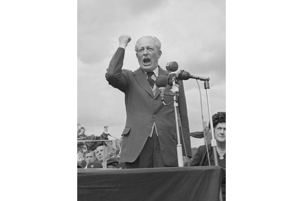 Harold Macmillan delivers a speech at Bromley fete in south London, 22 June 1963. (Photo by Les Lee/Daily Express/Hulton Archive/Getty Images