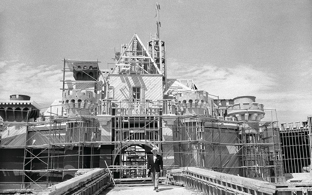 The history of Disneyland: How Walt Disney created the 'Happiest Place on Earth'