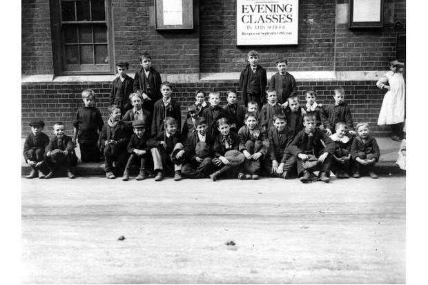 The 1911 schoolchildren strikes