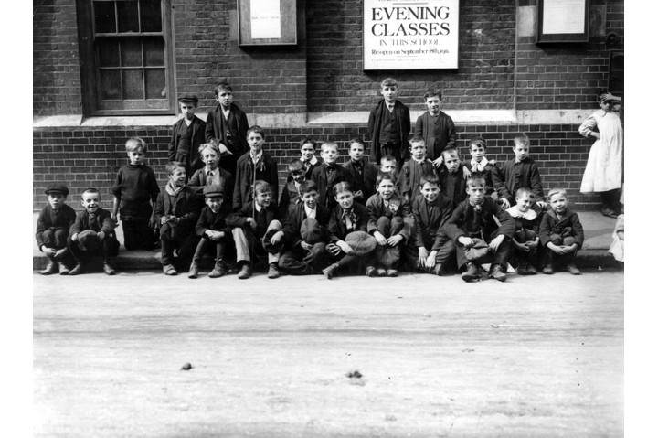 London schoolboys on strike, Shoreditch, September 1911. (Photo by Topical Press Agency/Getty Images)