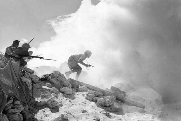British soldiers on the front of El Alamein. (Photo by Mondadori Portfolio via Getty Images)