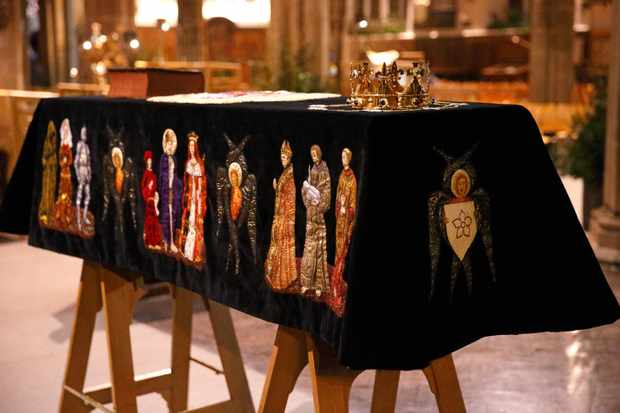 The coffin containing the remains of Richard III. The skeleton of the king was discovered in 2012 in the foundations of Greyfriars Church, Leicester, 500 years after he was killed during the battle of Bosworth. (Photo by Max Mumby/Indigo/Getty Images)
