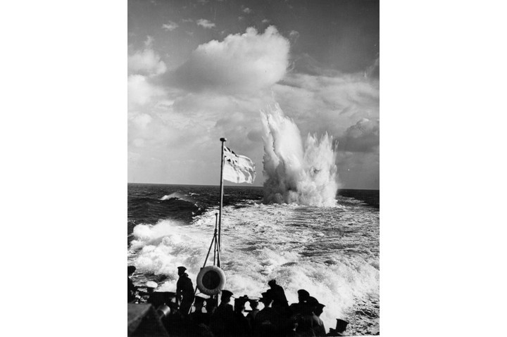 Destroyer escorts fire depth charges against submarine raiders in the Atlantic during the Second World War. (Photo by Fox Photos/Getty Images)