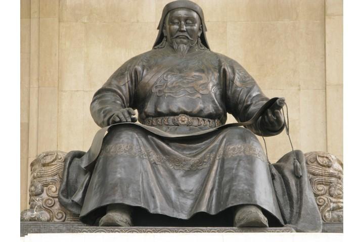 A sculpture of Genghis Kahn