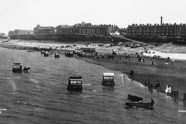 The beach at Blackpool in c1880, before the tower was built. (Credit: London Stereoscopic Company/Getty Images)