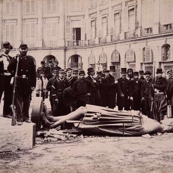 Statue of Napoleon I toppled